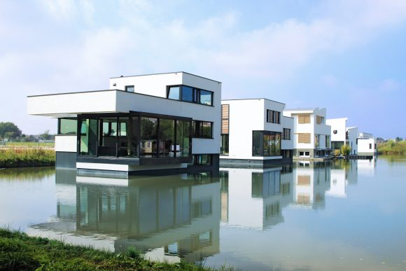 FLOATING ECO-HOMES HARNASCHPOLDER